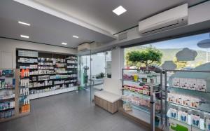 Φαρμακείο Γκαραγκάνης εξοπλισμός-ράφια-έπιπλα φαρμακείου