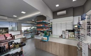 Φαρμακείο Γκαραγκάνης ταμεία-συρταριέρα φαρμακείου-έπιπλα
