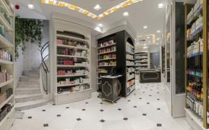 Φαρμακείο Μαραγκός-Στοά Νικολούδη σχεδιασμός-εσωτερικό φαρμακείου
