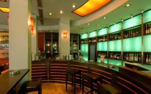 Avenue cafe κατασκευή bar με φωτισμό