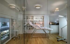 Φαρμακείο Μαραγκός-Στοά Νικολούδη εργαστήριο-καμπίνα ομορφιάς